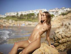 Amber-Life-Is-A-Beach-o5eu1pb4a7.jpg